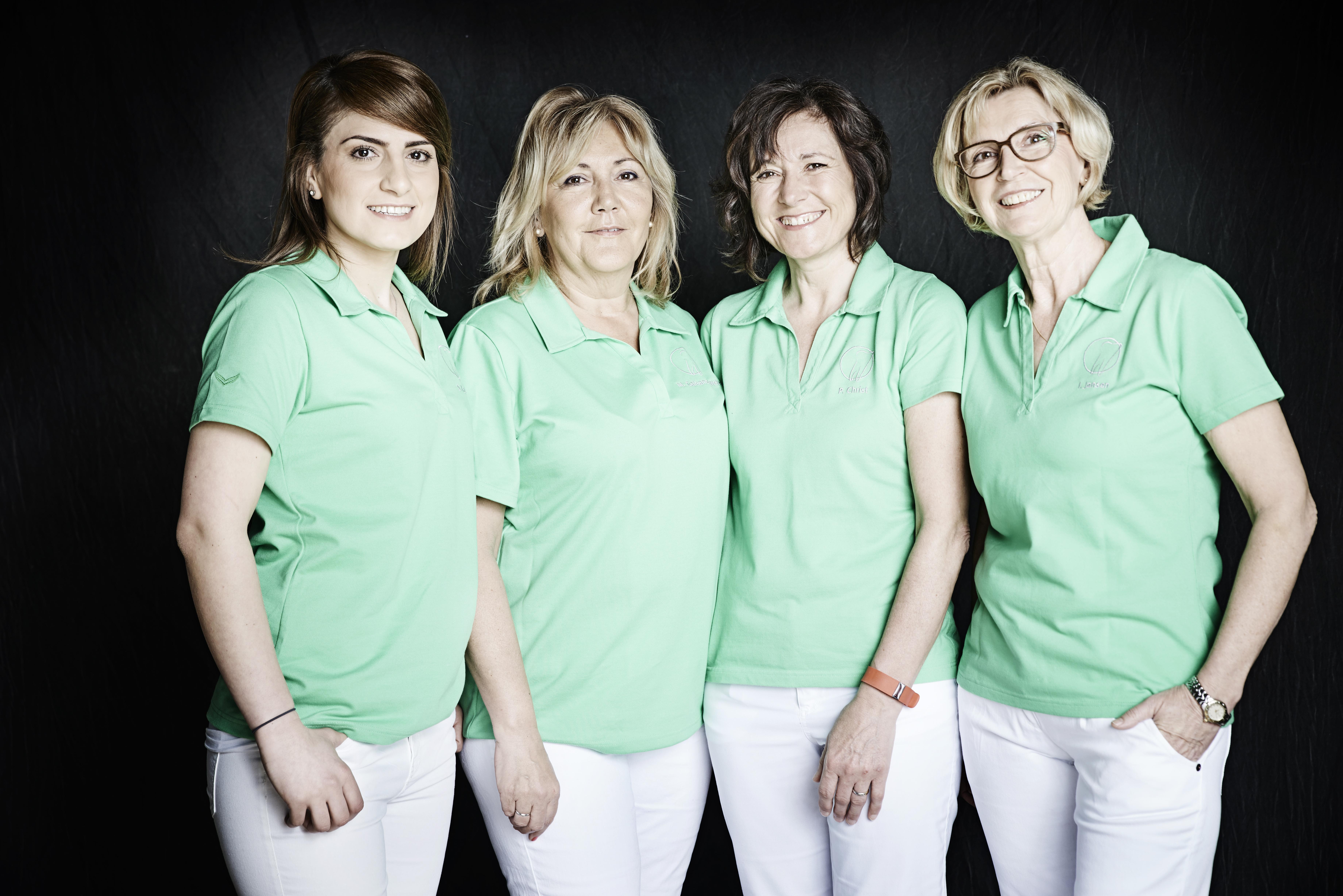 re. n. li.: Sonja Kaplan, Martina Galeano-Weber, Petra Christ, Ingrid Jansen
